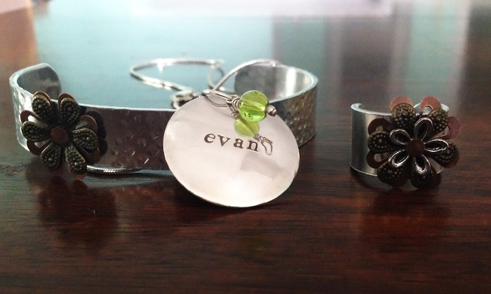 Craftologies - Withamsville: BYOB Jewelry Class for Two or Four Adults, Kids' Birthday Party, or Craft Class at Craftologies (Up to 56% Off)