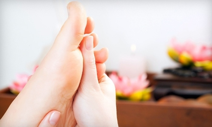 Sunny Foot Spa - Burlington: $28 for a 60-Minute Foot-Reflexology Session at Sunny Foot Spa in Burlington ($58 Value)