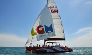 Catamaran Lucile 2: Offre duo avec navigation et coupes de champagne dès 29,90 € au Catamaran Lucile 2