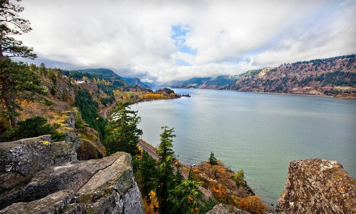 Vagabond Lodge - Hood River, OR: Two-Night Stay at Vagabond Lodge in Hood River, OR