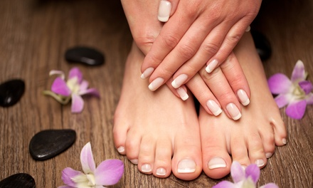 Luxe manicure of (duo) pedicure van 30 minuten bij Just Wellness