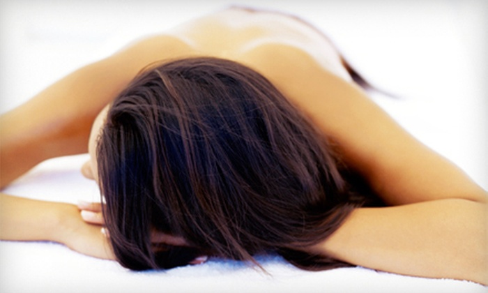 A Handful Salon - Scarborough: One Infrared Massage-Bed Session or One Month of Infrared Massage-Bed Sessions at A Handful Salon (Up to 73% Off)