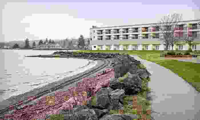 Silverdale Beach Hotel - Silverdale, WA: One- or Two-Night Stay with Breakfast at Silverdale Beach Hotel in Washington