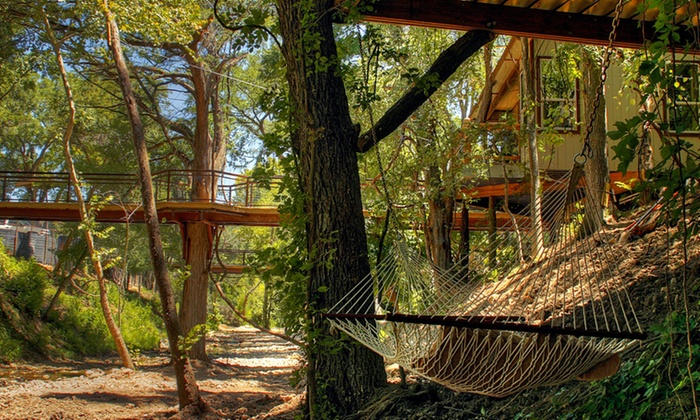 river road treehouses new braunfels tx 1 night stay for eight in