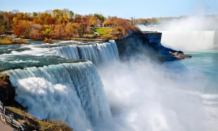 Radisson Hotel & Suites Fallsview - Niagara Falls: $111 for One Night Sunday–Friday at Radisson Hotel & Suites Fallsview in Niagara Falls, Ontario (Up to $212 Value)
