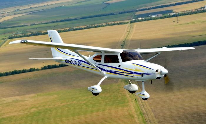 Partner Air - Mehrere Standorte: 30 oder 45 Minuten lang selber fliegen im Ultraleichtflugzeug Sirius 3000 von Partner Air
