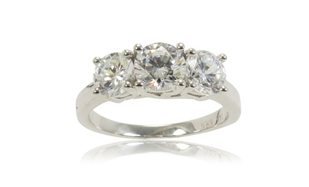 2 CTTW 3-Stone Certified Diamond Ring in 14-Karat White Gold.