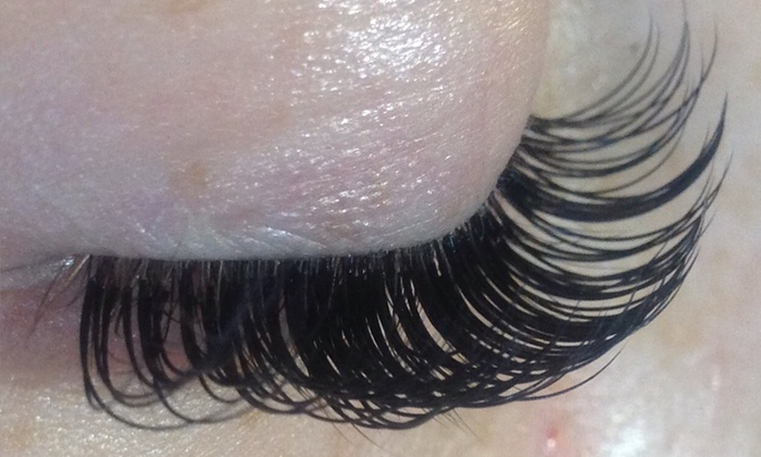 Eyes of The Eminent - Spring Valley: Full Set of Eyelash Extensions at Eyes of The Eminent (57% Off)