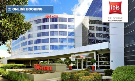 Melbourne: 1 Night for Two with Late Check-Out and Option for Romantic Package with Wine at Ibis Melbourne Glen Waverley