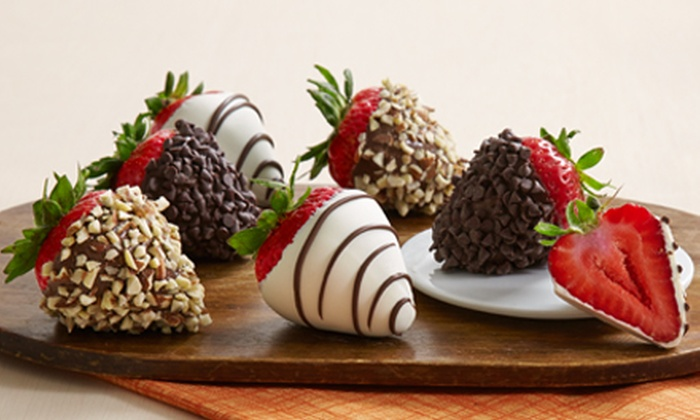 Shari's Berries: $15 for $30 Worth of Gourmet-Dipped Strawberries from Shari's Berries
