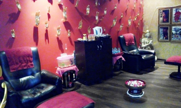 Full body massage foot reflexology with steam and shower for A second glance salon