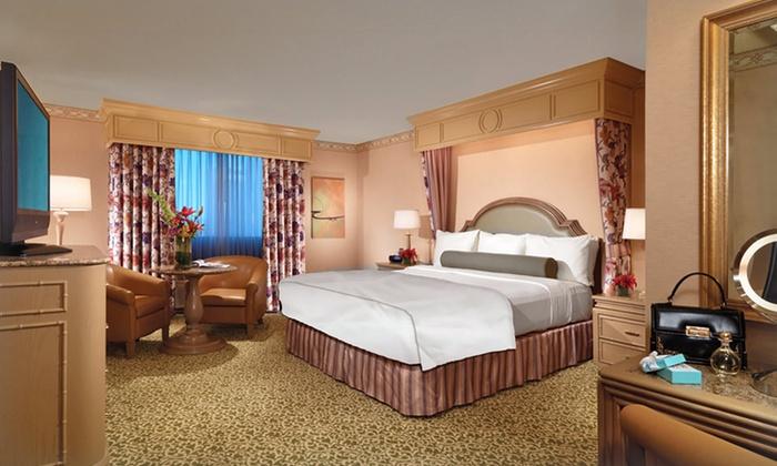 Los Prados Las Vegas NV Real Estate amp Homes for Sale
