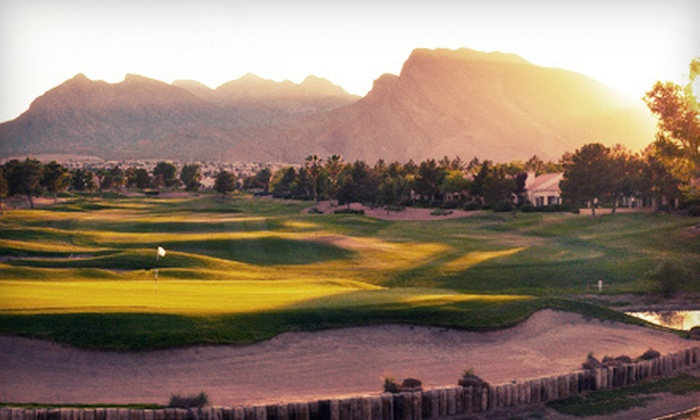 Palm Valley - Sun City Summerlin: $34 for an 18-Hole Golf Outing with Cart Rental and Driving-Range Balls at Palm Valley (Up to $99 Value)