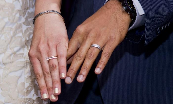 DW Photos - Tustin: Three-Hour Wedding Photo Package or One-Hour Group Photo Package from DW Photo (Up to 65% Off)