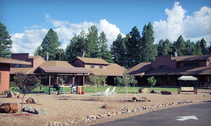 Roundhouse Resort - Pinetop Country Club: $110 for 2-Night Stay in a Lodge Studio or Lodge One-Bedroom at Roundhouse Resort in Pinetop (Up to $220 Value)