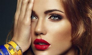 Gloss Make Up Club: Curso de automaquillaje para una o dos personas desde 9,90 €