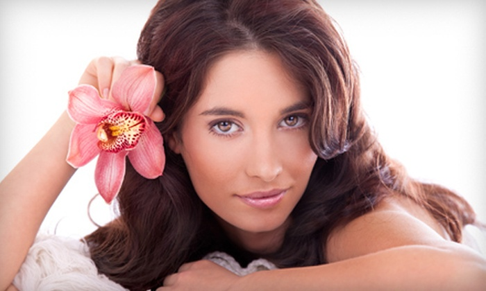 Tan LA Tanning Salon and Spa - Thousand Oaks: Three, Six, or Nine 20-Minute Omnilux Facial-Rejuvenation or Acne Treatments at Tan LA Tanning Salon and Spa (Up to 75% Off)
