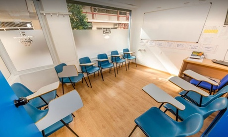 5, 10 o 15 clases grupales de conversación en inglés desde 12 € en ULIC Centre Oferta en Groupon