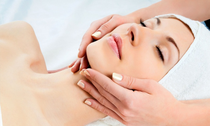 Esencia Skin Body Massage - Downey: $29 for any Facial Package at Esencia Skin Body Massage ($65 Value)