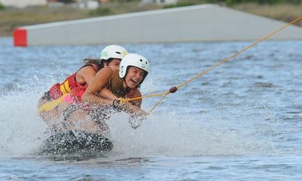 1h de téléski nautique pour 2 personnes de 10h à 12h ou de 14h à 17h dès 24,90 € avec Téleski Nautique