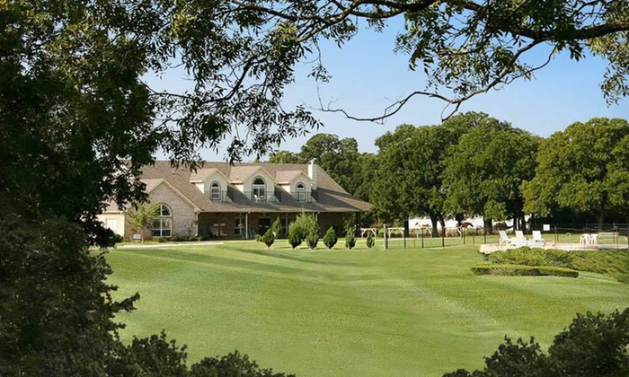 MD Resort Bed & Breakfast - Fort Worth: One-Night Stay with Breakfast for Two at MD Resort Bed & Breakfast in Fort Worth