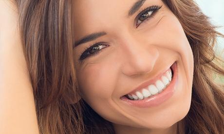 Ortodoncia con brackets metálicos, de porcelana, de zafiro o lingual desde 259 € en Max Dental, 2 centros