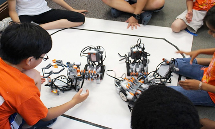 Kids RoboTech Club - Multiple Locations: $139 for Five-Day Summer Technology Camp at Kids Robotech Club ($288 Value)