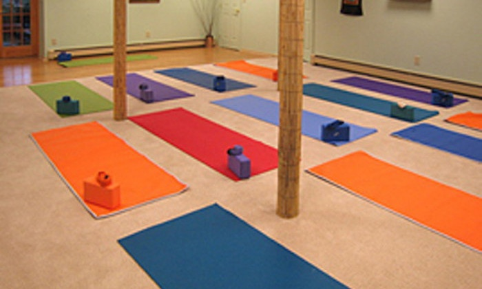 Willow Tree Yoga - Bardonia: Four Weeks of Unlimited Yoga Classes at Willow Tree Yoga (75% Off)