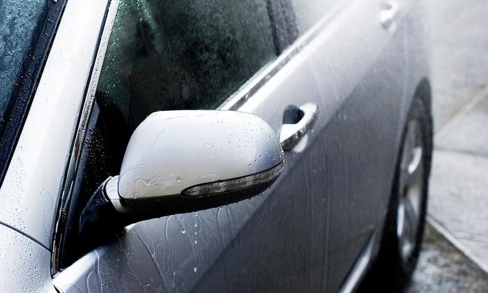 Lavaggio - Forest Cove: $27 for a Full-Service Signature Car Wash at Lavaggio ($55 Value)