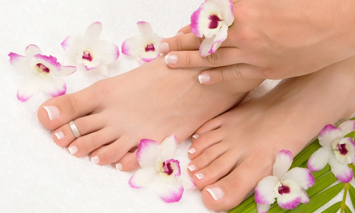 Footsteps Into - Bronzeville: One or Two Mani-Pedis at Footsteps Into (Up to 58% Off)