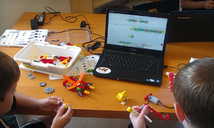 Science Cosmos - Chantilly: $89 for Four Lego Robotics Classes for a Child Aged 5.5–9 or 9–14 at Scieinsteins ($180 Value)