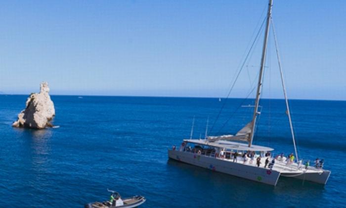 Levantin catamarans - Marseille: Journée en catamaran pour 2 personnes avec apéritif et vin en semaine ou le week-end dès 89,99€ avec Levantin Catamarans