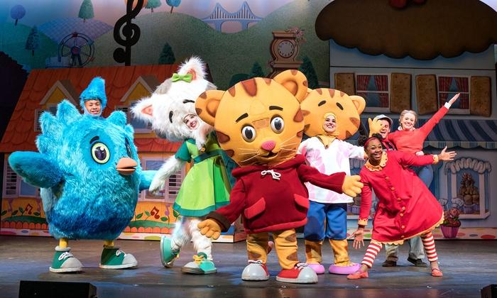 """""""Daniel Tiger's Neighbourhood LIVE!"""" - Chrysler Theatre: Daniel Tiger's Neighbourhood LIVE! on March 14 at 6 p.m."""