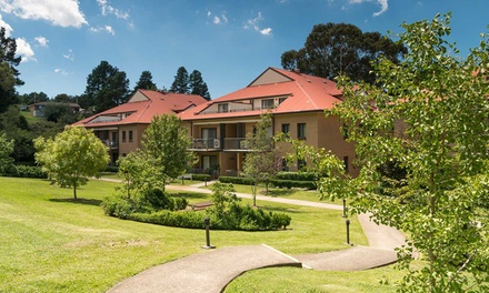Blue Mountains: Up to Four-Night Escape for Two People with Late Check-Out at Leisure Inn Spires