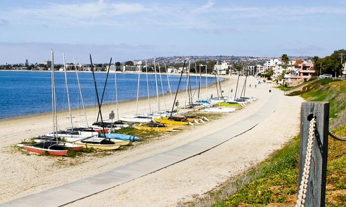 Days Inn & Suites San Diego near Sea World - San Diego: Stay at Days Inn & Suites San Diego near Sea World in San Diego