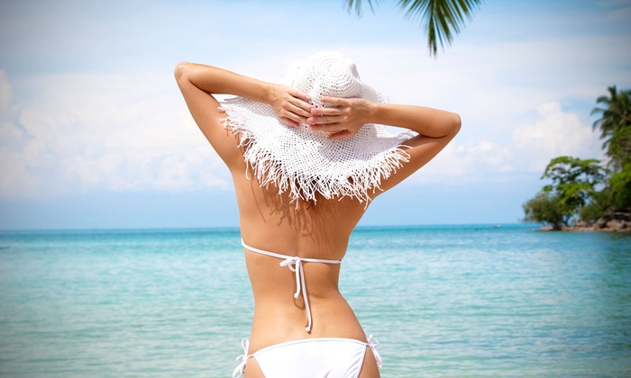 New Age Wellness and Weight Loss Center - Rolling Meadows: One or Six Lipo-Laser Sessions or Five B12 Injections at New Age Wellness and Weight Loss Center (Up to 75% Off)