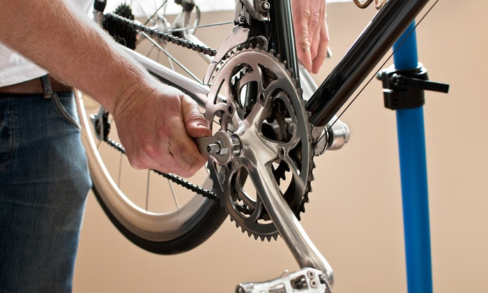 Spinz Bike Shop - Swathmore Apartments: Standard or Deluxe Bike Tune-up Package at Spinz Bike Shop (Up to 40% Off)