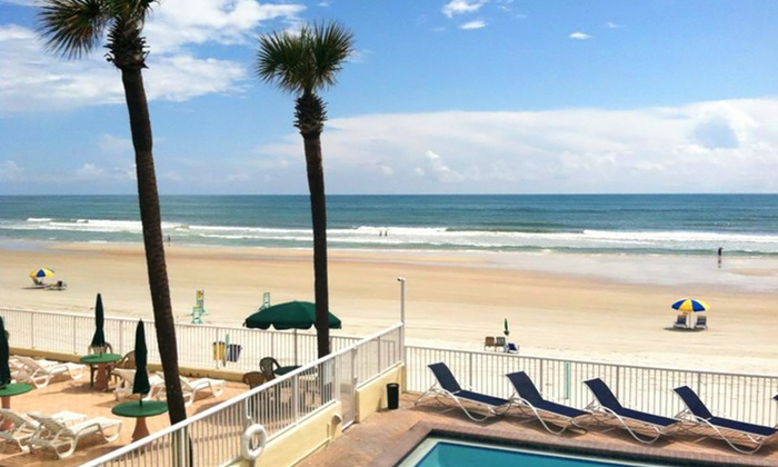 Family Friendly Inn Overlooking Daytona Beach