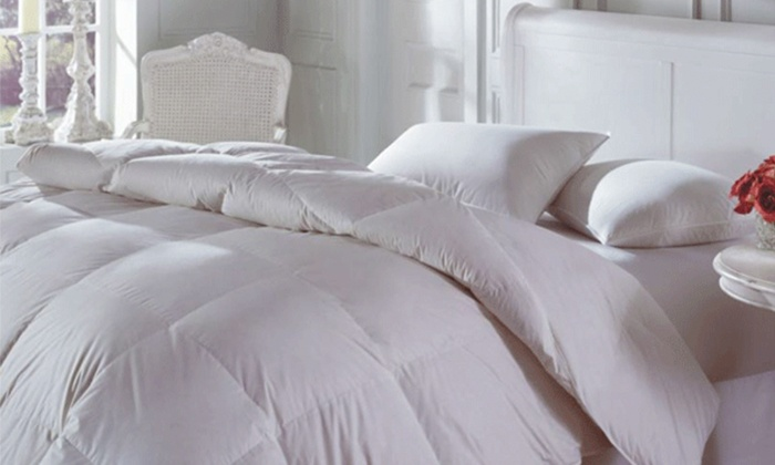 Groupon Goods: Oasis Duvet Filled with White-Duck Feathers and Down from $59.99 to $74.99 (Shipping Included)
