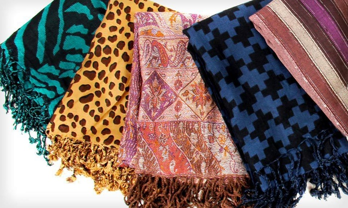 In-Things Woven Printed Scarves: In-Things Woven Printed Scarves (Up to 70% Off). Five Styles Available. Free Shipping and Free Returns.
