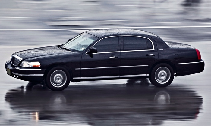 Transgap Executive Limousine - Washington DC: One-Way or Round-Trip Ride to or from BWI, IAD, or DCA from Transgap Executive Limousine (Up to 56% Off)