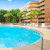 Kid-Friendly Hotel with Shuttle to Orlando Theme Parks