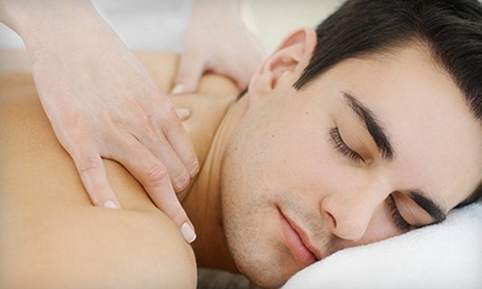 Health Choices - Columbus: $35 for a One-Hour Deep-Tissue Massage at Health Choices ($75 Value)