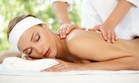 3 o 5 massaggi di 50 minuti a scelta da Vamp Nails (sconto fino a 73%)