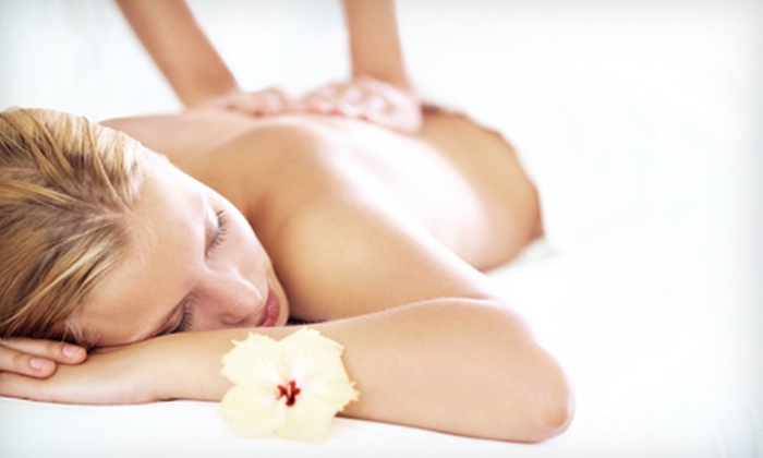 Pollack Clinic of Chiropractic - Deerfield: $29 for a 60-Minute Therapeutic Massage at Pollack Clinic ($80 Value)