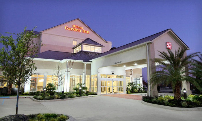 Hilton Garden Inn Covington/Mandeville  - 1: $69 for a One-Night Stay Thursday–Sunday with Breakfast at Hilton Garden Inn Covington/Mandeville in Covington, LA (Up to $141 Value)