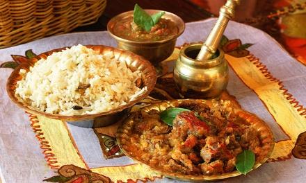Menu con specialità indiane in centro