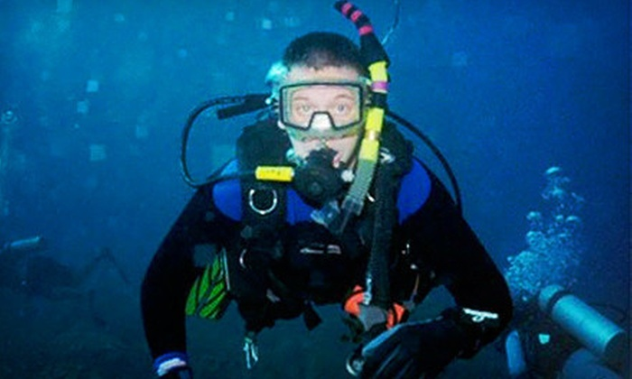 Scuba Ventures - Queensborough: Try Scuba Class for One or Two at Scuba Ventures (Up to 57% Off)