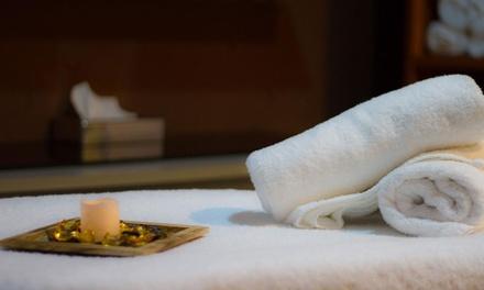 Masaje para dos con tratamiento facial, cava, chocolates y opción a jacuzzi desde 49,90 € en MiSpa Centro E.I.S