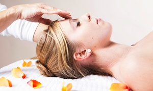 Salon Zen: $34 for One Custom Facial at Salon Zen ($65 Value)